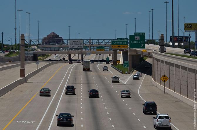 28 по всем дорогам установлены информационные щиты, сообщающие водителям об авариях и затруднениях движения