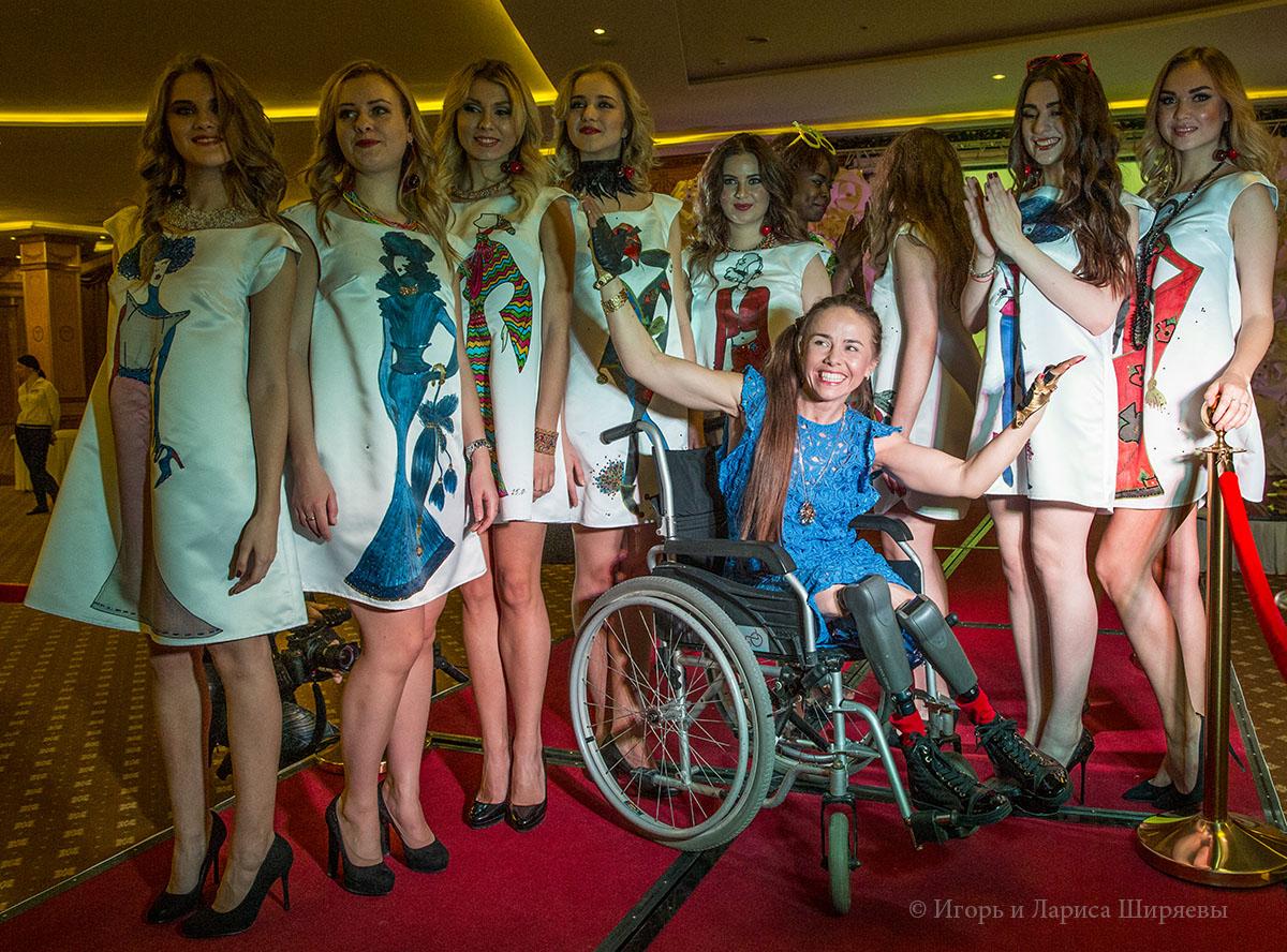 Открытие нестандартного модельного агентства Анны Белис.